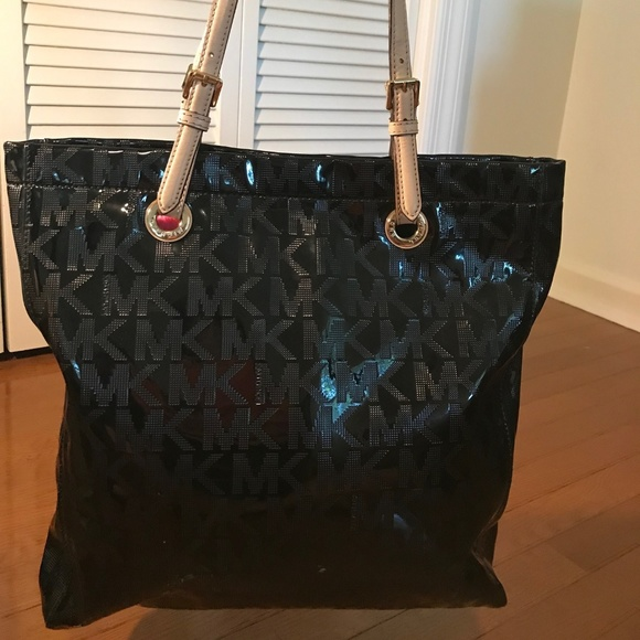 Michael Kors Jet Set Mirror Black Patent Leather